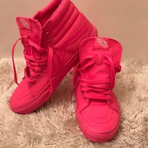 Vans Neon Pink Off the Wall